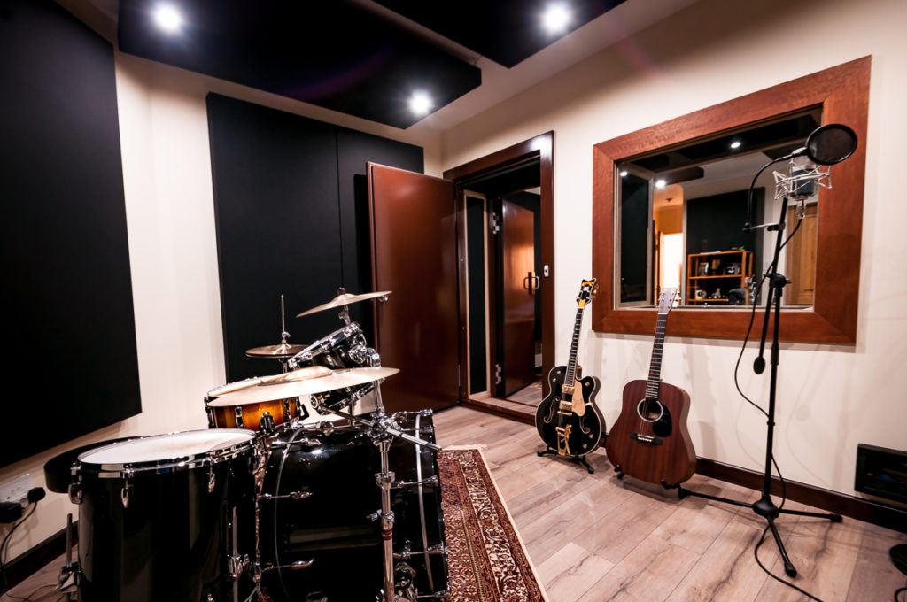 Back Beat Productions audio track mixing services